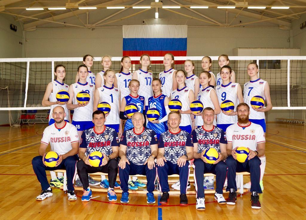 Вероника Думрауф в составе сборной России готовится к первенству Европы