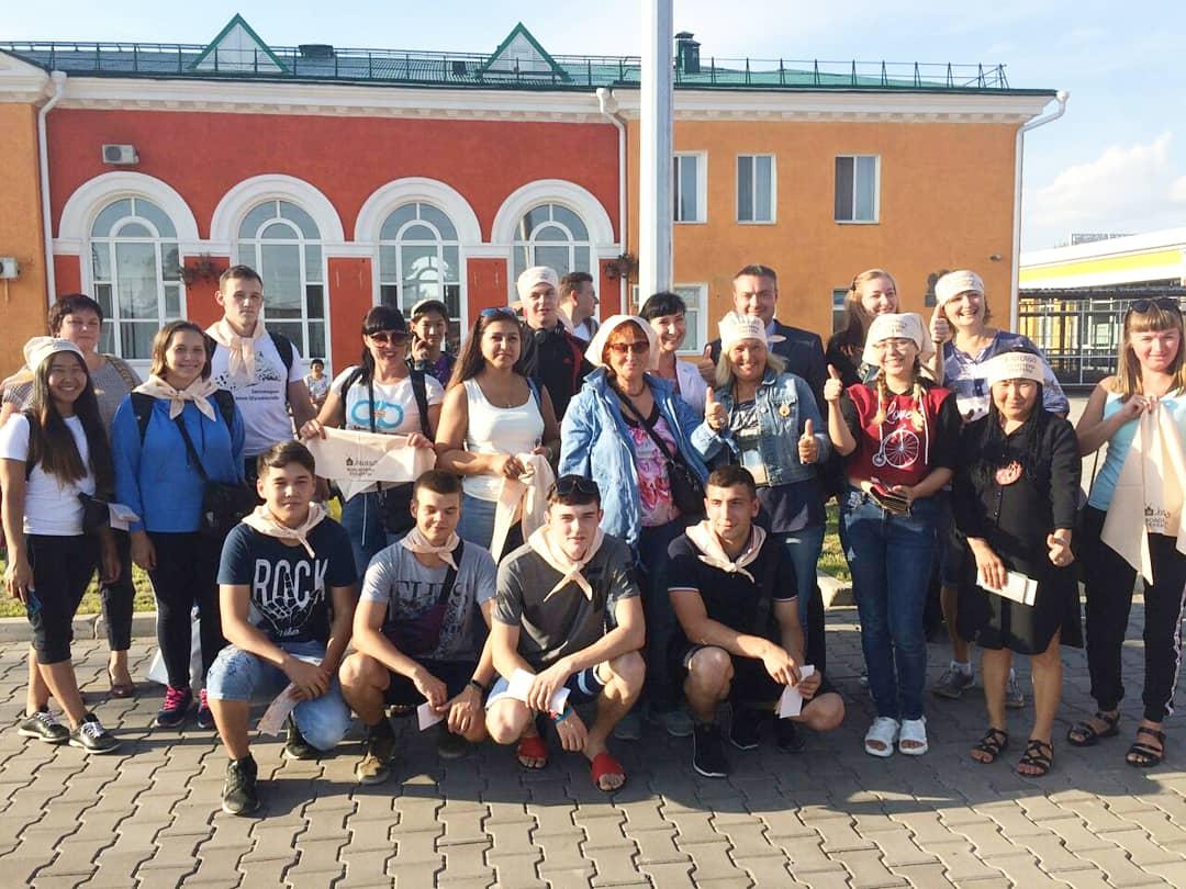 Делегация волонтеров из Хакасии отправилась в город Печоры